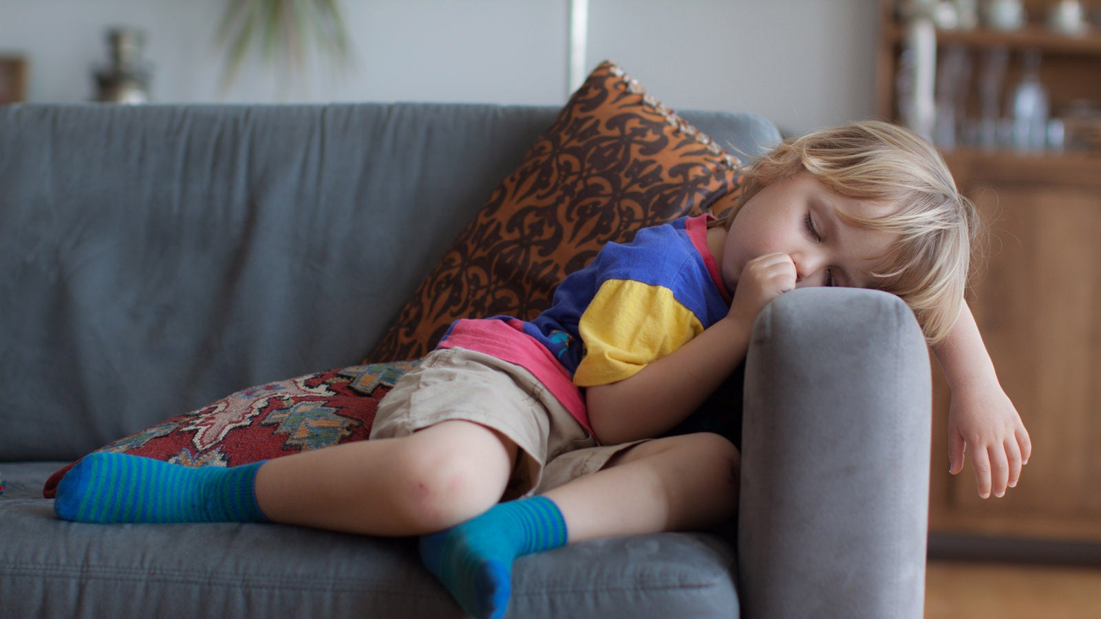 The Amount Of Sleep That Kids And Teens Need To Be Healthy, According To Experts