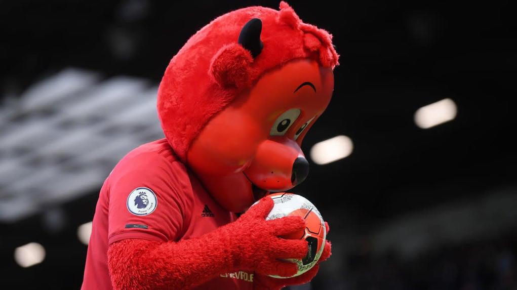 Manchester United Suing Sega Over PC Mods, Team Name