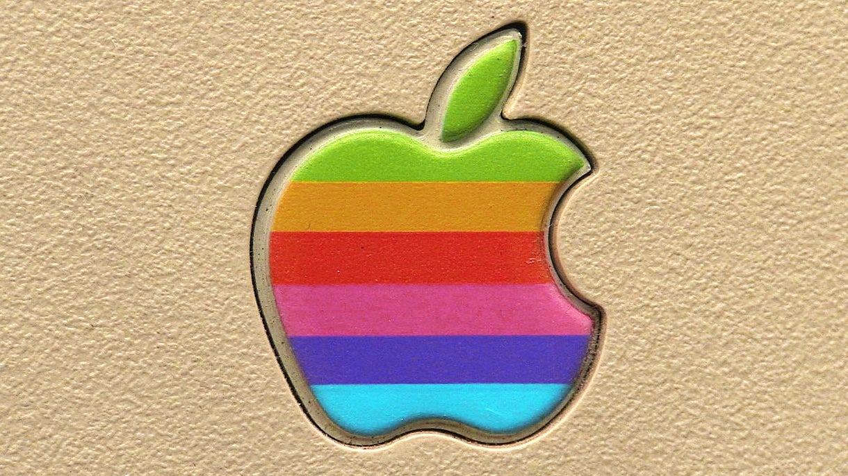 Apple to Release Sourced of Its Lisa Operating System Next Year