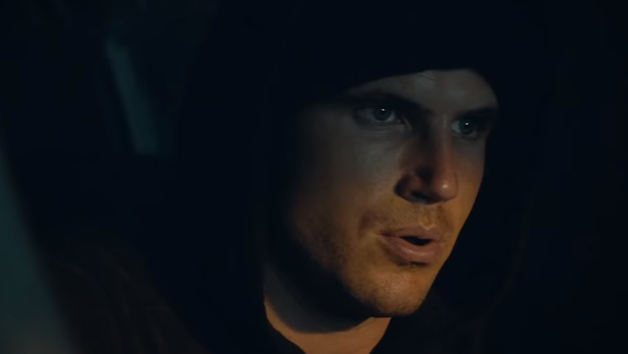 Watch Arrow's Stephen And Robbie Amell In The First Trailer For Sci-Fi Thriller Code 8