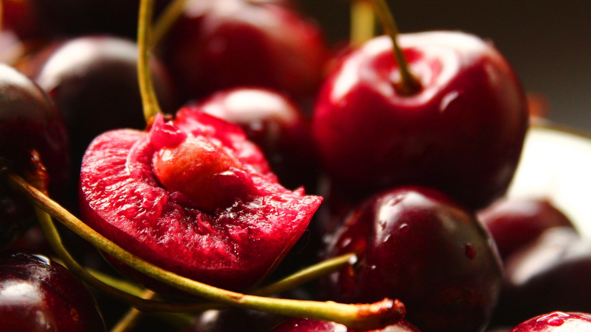 Use Discarded Cherry Pits To Flavour Whipped Cream