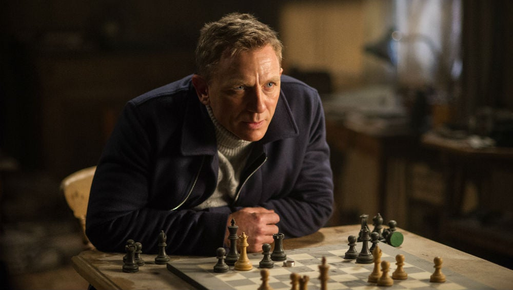 Report: Sony Really Wants Daniel Craig To Continue Playing James Bond