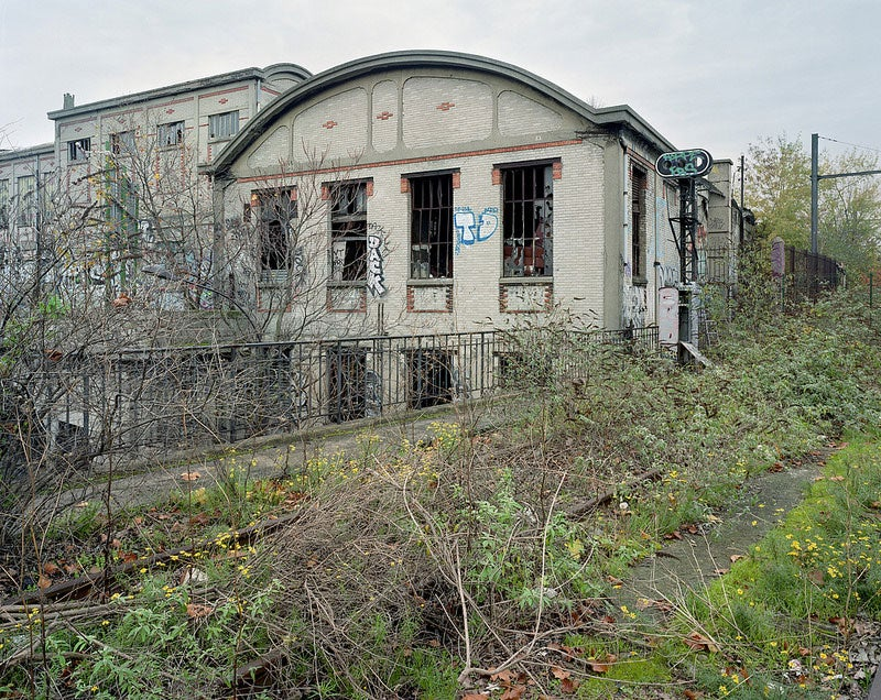 The Overgrown, Disused Railway That Still Runs Around Paris