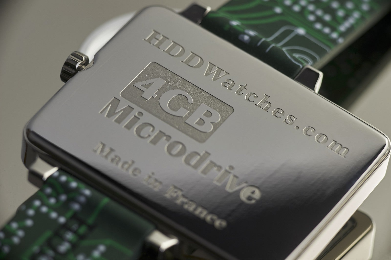 A Tiny Old Hard Drive Makes a Sweet Nerdy Watch