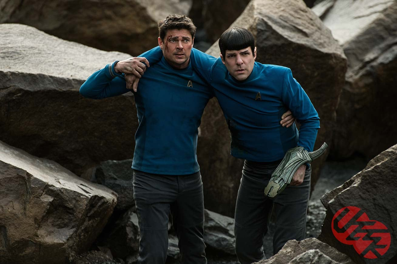 Everyone Is Scared of Something in These New Star Trek Beyond Photos