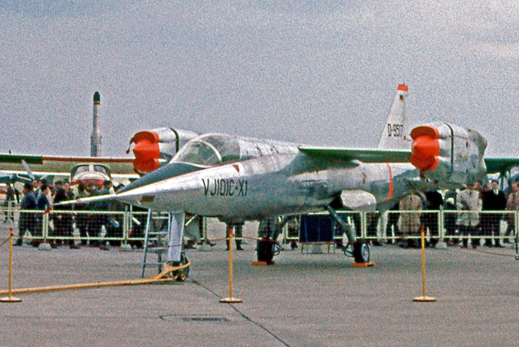The EWR VJ 101C-X1 D-9517 at the 1964 Hanover Air Showt