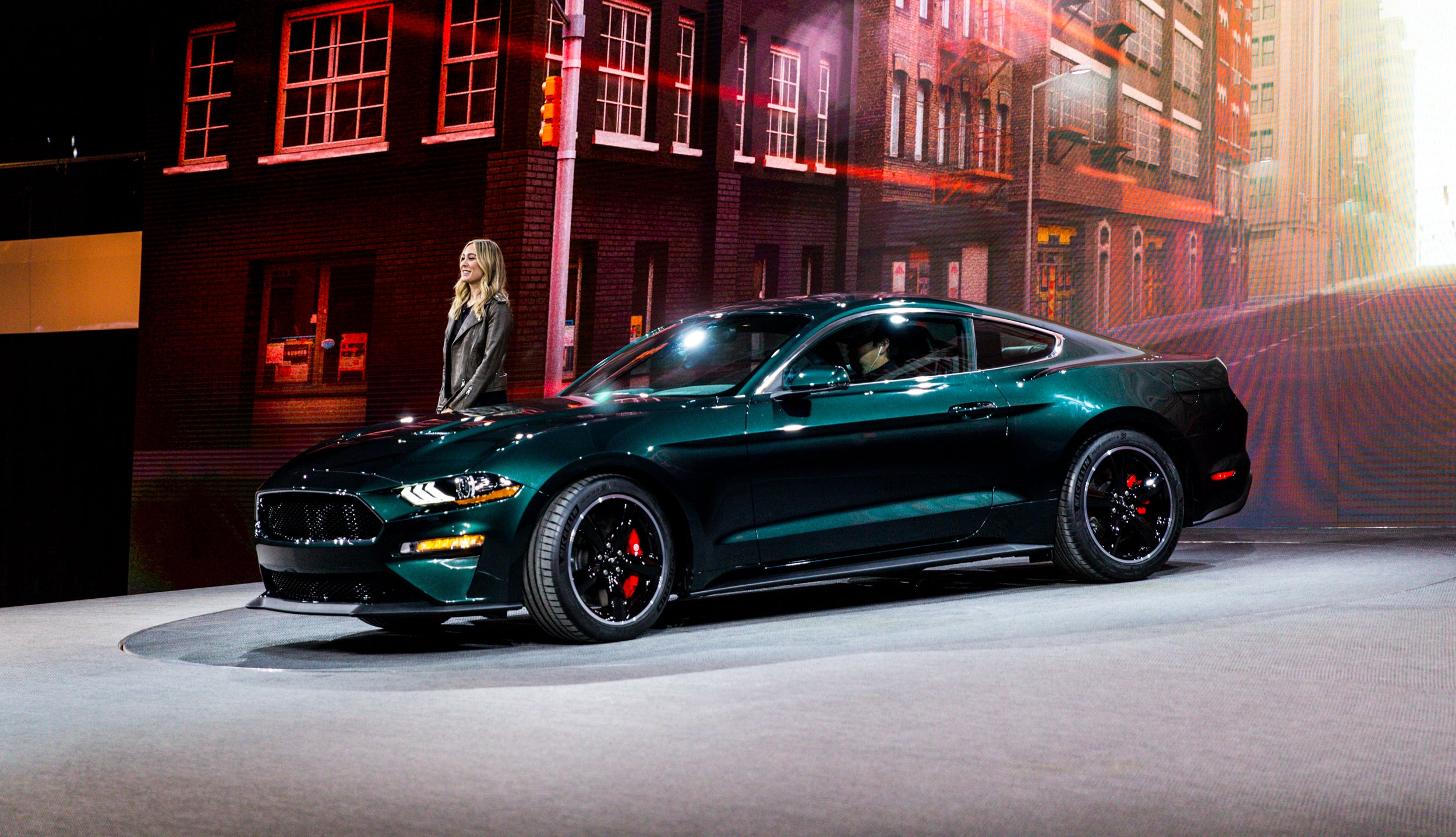 2014 - [Ford] Mustang VII - Page 16 Yc4wbr6vyh3e59hr7xgr