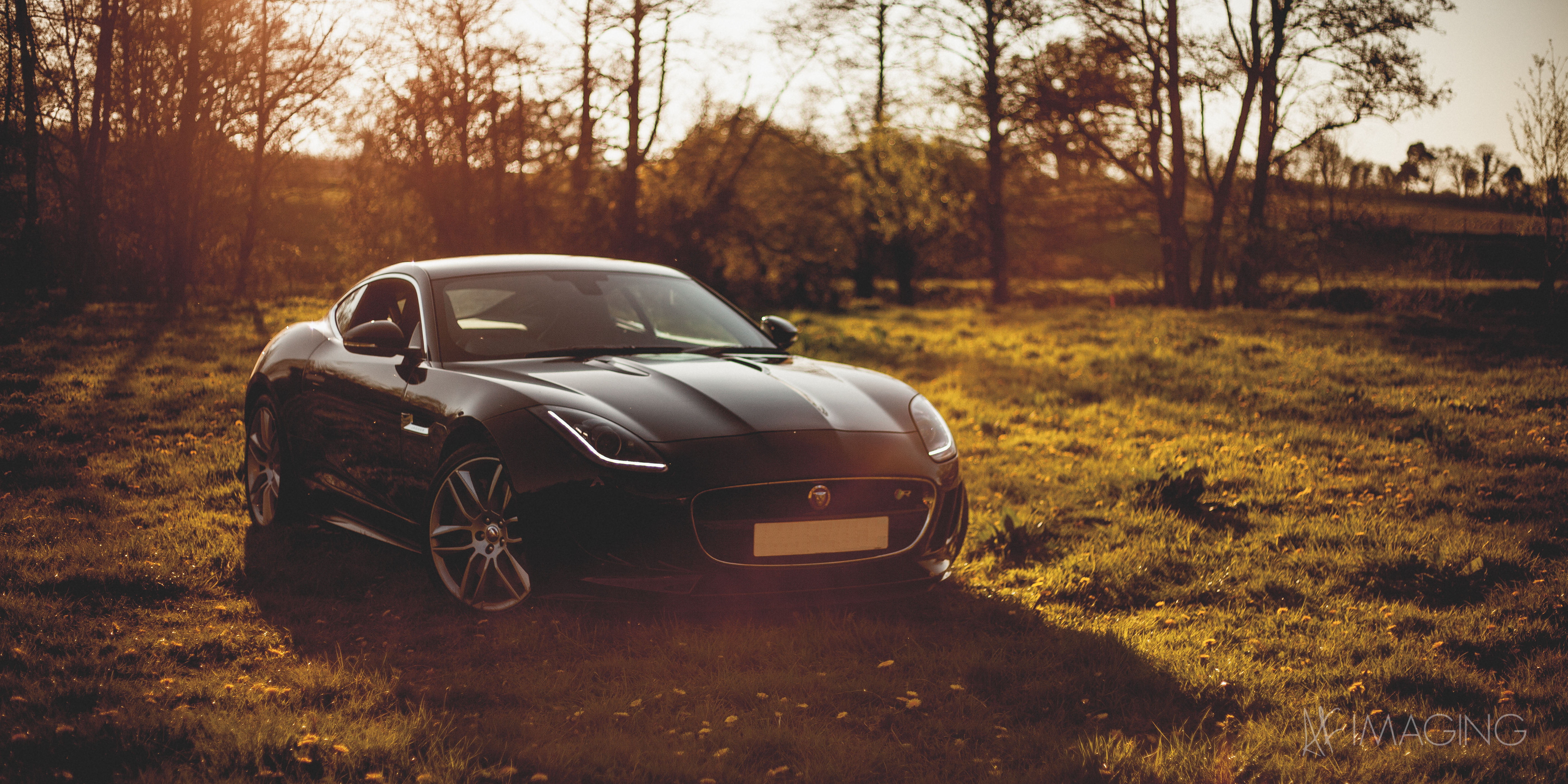 your ridiculously awesome jaguar f-type wallpaper is here