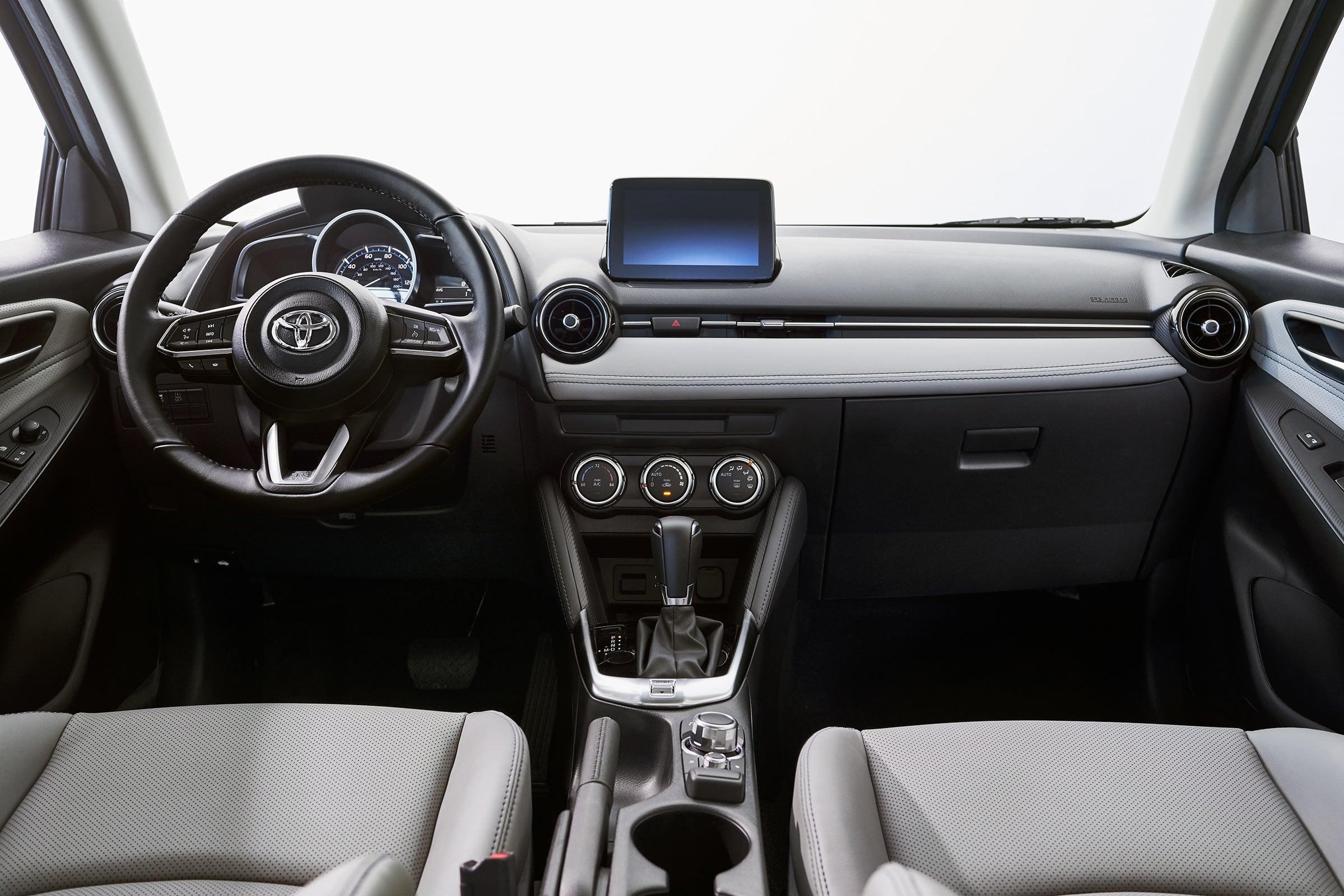 2016 - [Toyota] Yaris Sedan Zeyulav3ahvxk6dw8aqf