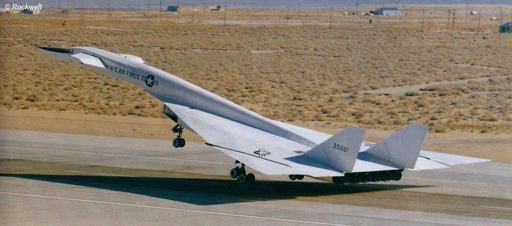 XB70 landing